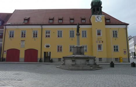 Rathaus Landau 003