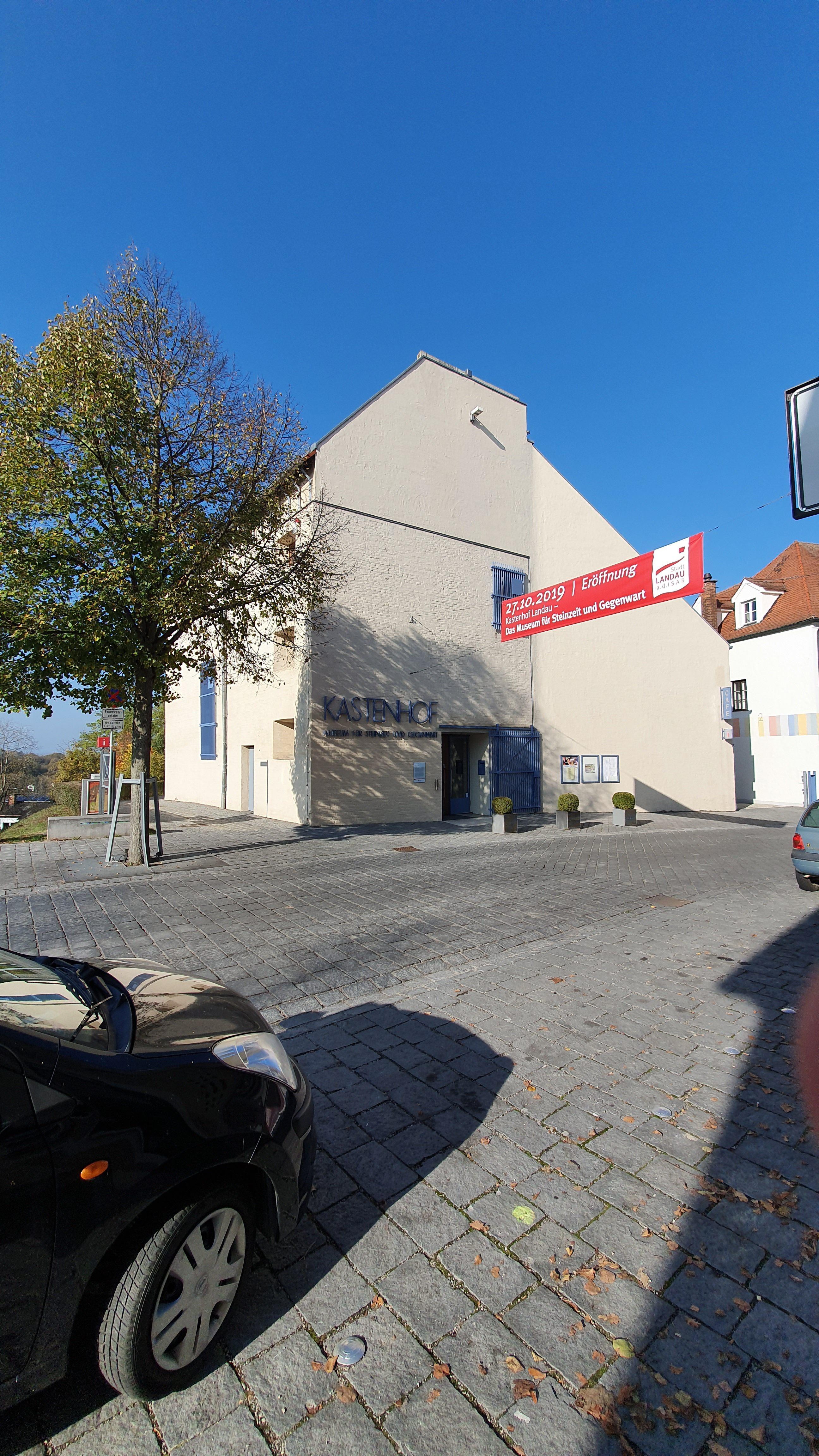 Eröffnung Kastenhof Landau