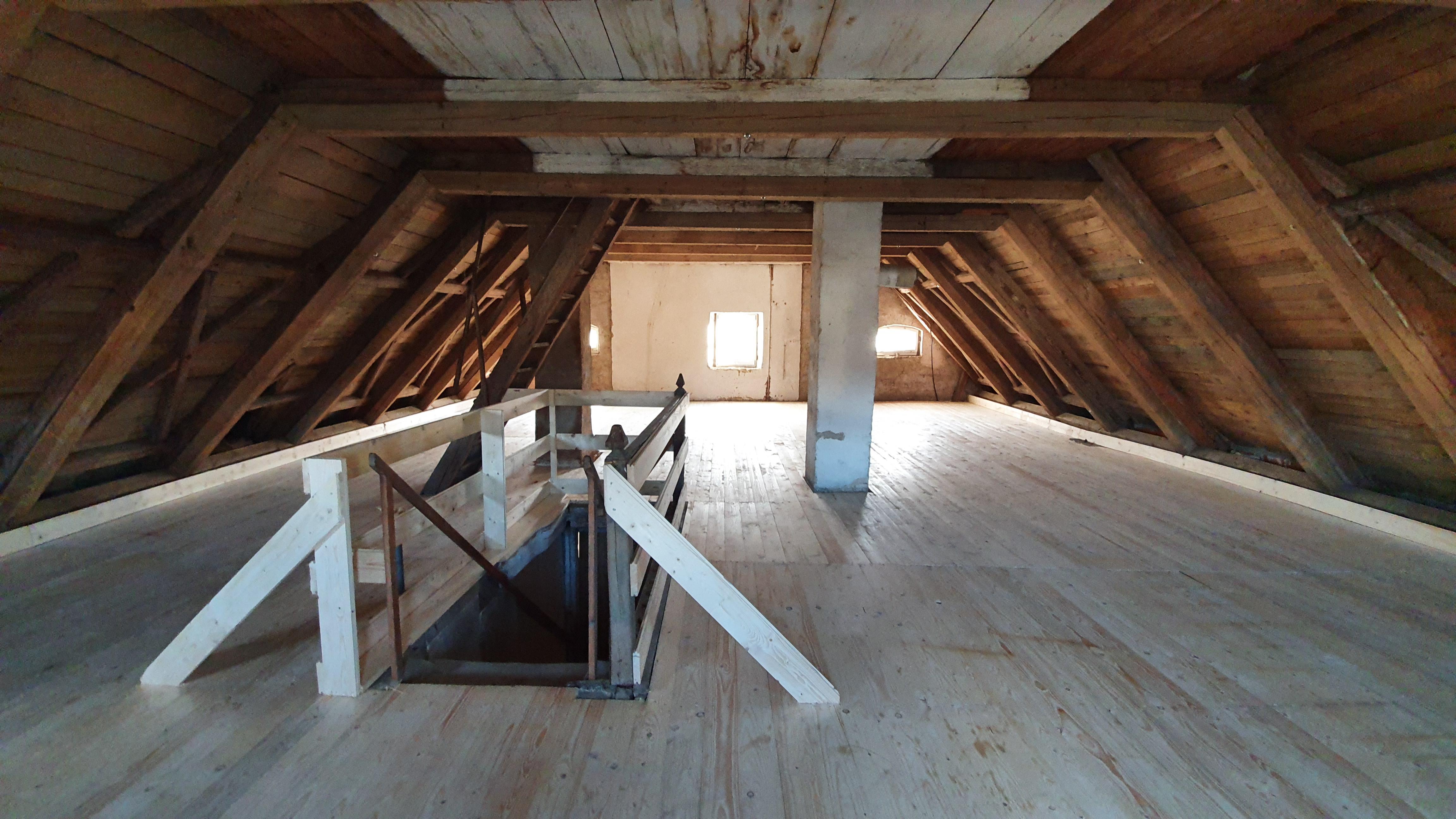 Maßnahmenbeginn Sanierung Pfarrhof Reichersdorf